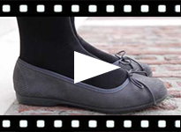 Video from Bailarinas Mujer y Niña Iguana